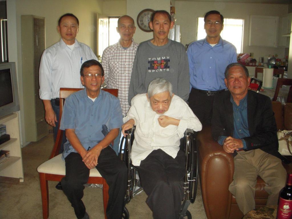 Viếng thăm Phan Văn Ngà